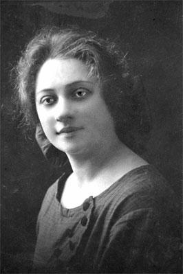 Мама Михаила Задорнова